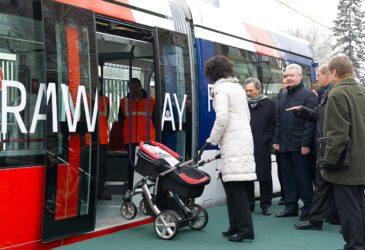 Собянин меняет автобусы в Москве на низкопольные