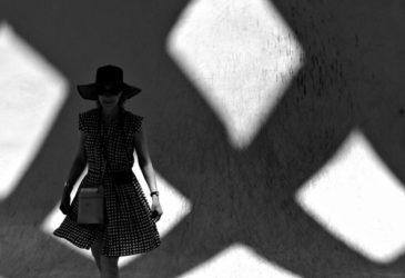 Черно-белая уличная фотография Антонио Э. Охеда
