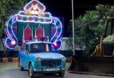 Красочные машины Индии