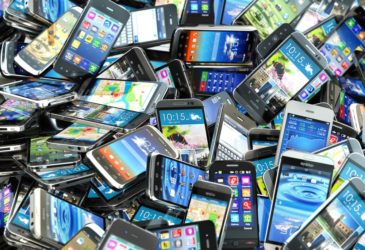Топ-5 самых необычных телефонов