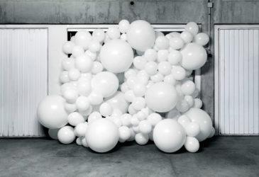 Белый цвет оживляет пространство