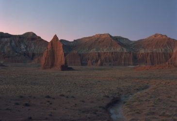 Красные пустыни и скалы, автопутешествие Алекса Ротмайера через некоторые из самых захватывающих пейзажей в Америке
