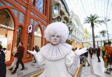 В Москве открылся Диснейленд
